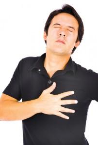 Đau ngực dấu hiệu không nên bỏ qua